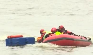安徽省消防救援隊伍舉行抗洪搶險救援實戰演練