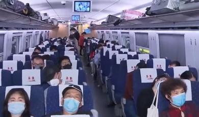 长三角铁路暑运发送旅客近9400万人次
