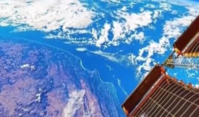 航天员在太空拍摄地球 蓝色星球展现绝美风光